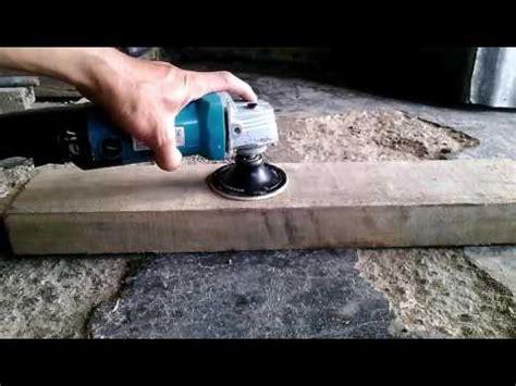 memasang bantalan amplas  mengamplas papan kayu menggunakan mesin gerinda youtube