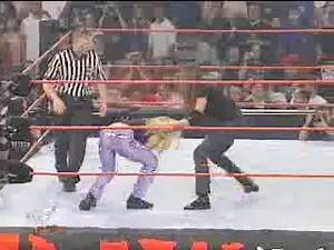 WWE - Stephanie McMahon vs Trish Stratus (leather strap matc