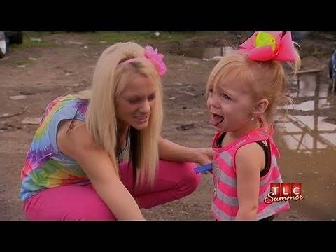 2-year-old Diva in Training | Toddlers & Tiaras