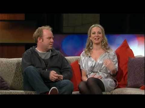 ROVE blooper - Carrie Bickmore wardrobe malfunction