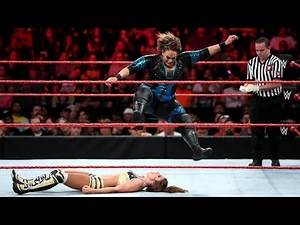 WWE 2K17 NIA JAX LEG DROP