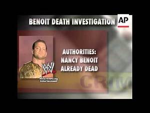 Co-workers received a series of eerie phone calls and text messages from WWE wrestler Chris Benoit,