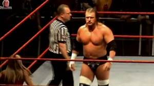 John Cena vs Triple H - Milano Forum, Italy (Raw House Show - 19.04.2006)
