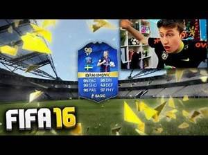 opening PACKS on FIFA 16...
