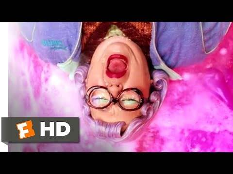 The Cat in the Hat (2003) - Riding Mrs. Kwan (8/10) | Movieclips