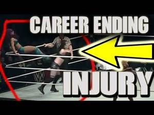 Sasha Kicks PAIGE INJURED AT WWE LIVE EVENT! THE MOVE THAT ENDED HER CAREER 2018