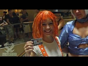Leelo and Sexy Stewardess (Fifth Element) Cosplay at DragonCon