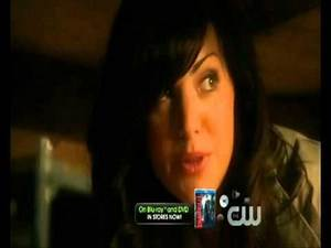 Smallville - 10x01 - Lazarus - Lois accepts Clarks secret + Chloe sees her fate