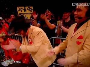 Jim Ross returns to Raw old school