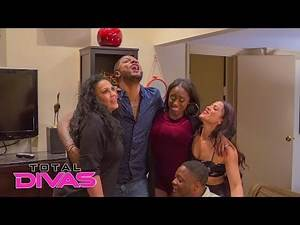Naomi wants to move to Atlanta: Total Divas Preview Clip, Nov. 7, 2018