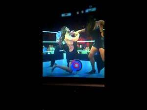 WWE 2K16 Nikki Bella Tongan death grip to Stephanie McMahon
