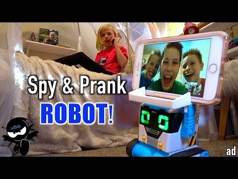 Spy and Pranks with a ROBOT!