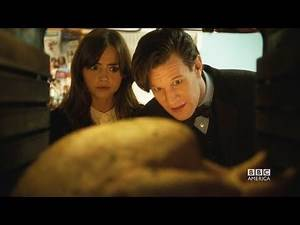 DOCTOR WHO Christmas Special Sneak Peek: The Doctor & Clara Cook a Turkey - The Time of The Doctor