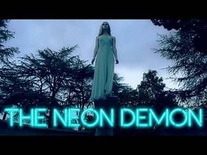 The Neon Demon - Donatella