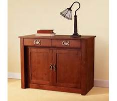 Bench that turns into a table.aspx Video
