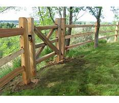 Building a fence with cedar posts Video