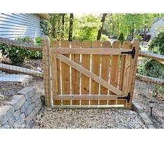 Building a garden gate door Video