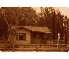 Chicken coop murders house Video