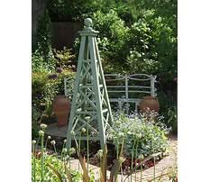 Diy garden obelisk trellis Video