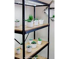 Diy lighted plant stand Video