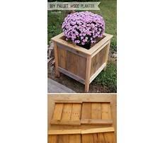 Diy wooden garden planters Video