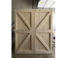 How to build a exterior barn door Video