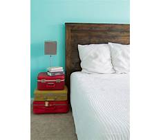 How to build a rustic wood headboard Video