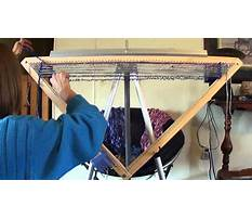 How to build a triangle loom Video