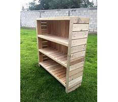 How to build a wood pallet bookcase Video