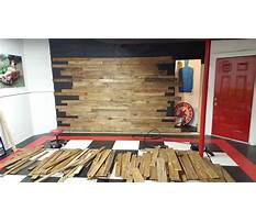 How to build a wood pallet wall Video