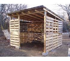 How to build a wood pallet well shed Video