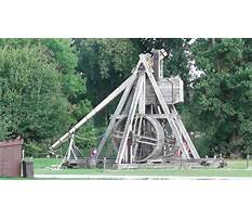 Medieval trebuchets in action Video