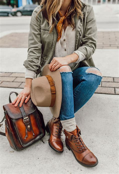 Outfits With Combat Boots Brown