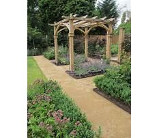 Rustic garden trellis designs Video
