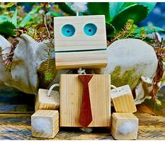 Simple homemade wooden toys Video