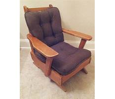 Vintage wooden porch chairs Video