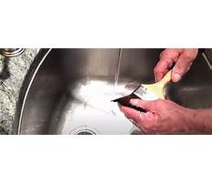 What do i use to clean polyurethane brushes Video