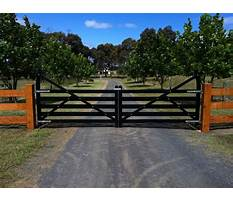 Wooden farm gates france Video