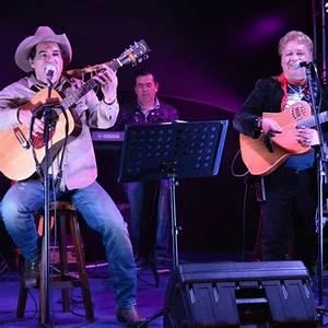Ivan Lobo E Vitor Cesar