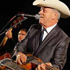 Junior Brown