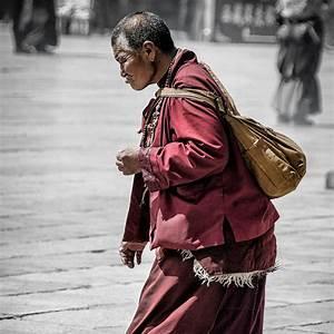 Tibetan Nuns & Monks